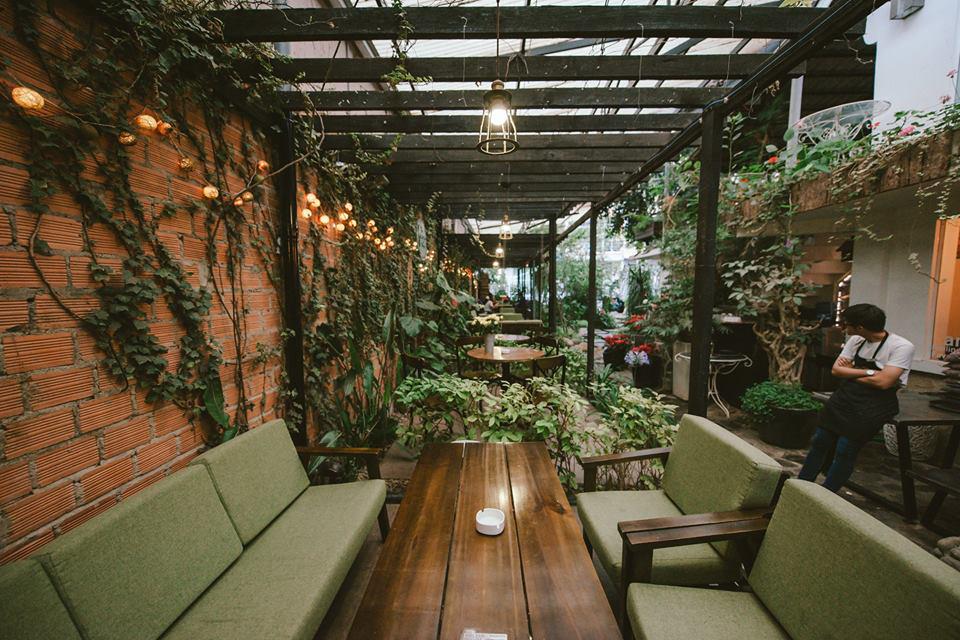 F-Coffee Shop-1