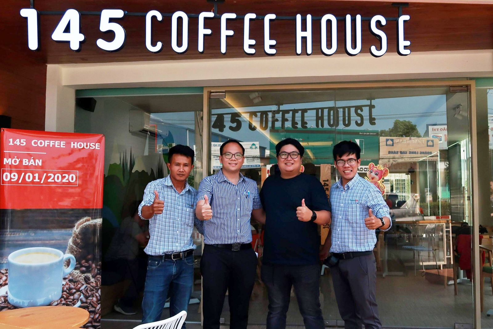 noi-that-quan-cafe-145-coffee-house-binh-duong-4
