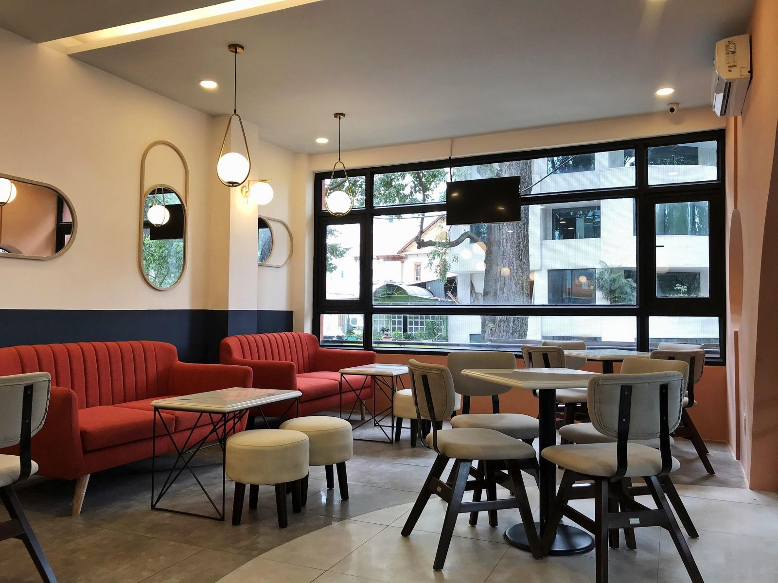 noi-that-Felicite-Coffee&Eatery-42-Tran-Cao-Van-Q3-15