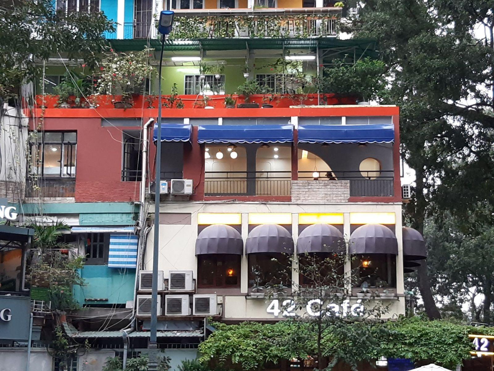 thi-cong-quán-cafe-1