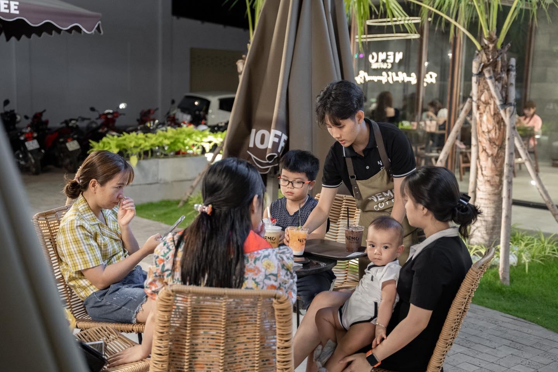 Thi-cong-quan-cafe-nemo-6