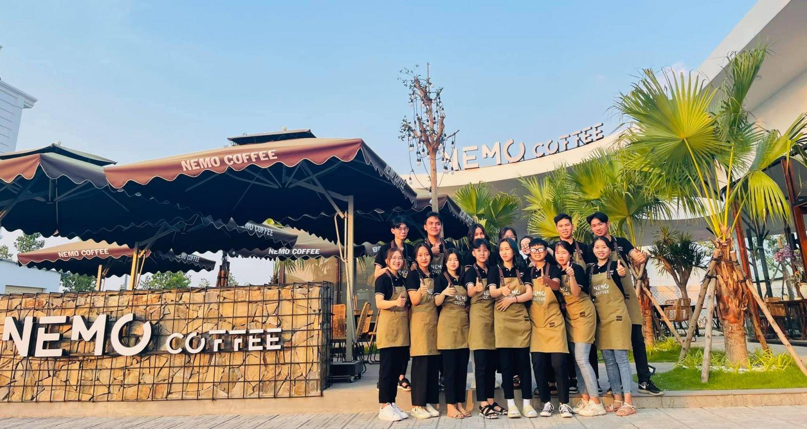 Thi-cong-quan-cafe-nemo-3