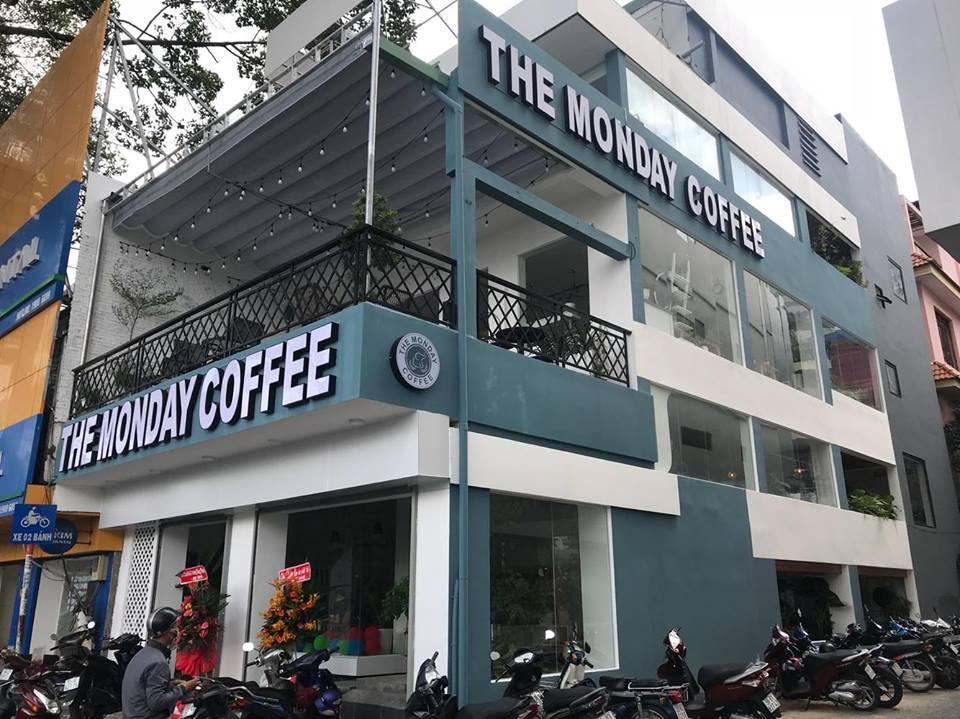 noi-that-quan-cafe-the-monday-coffee-quan10