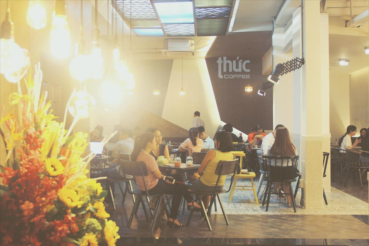 noi-that-quan-cafe-thuc-pasteur-2