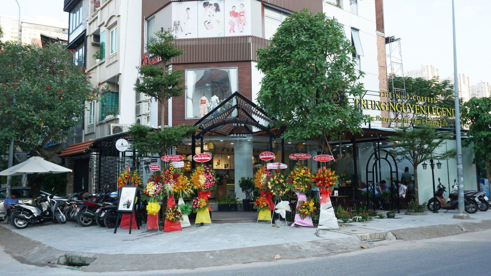 noi-that-quan-cafe-trung-nguyen-legend-him -lam-1