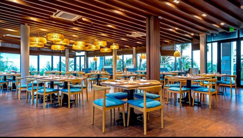 không gian nội thất nhà hàng oceanami villass tại long hải
