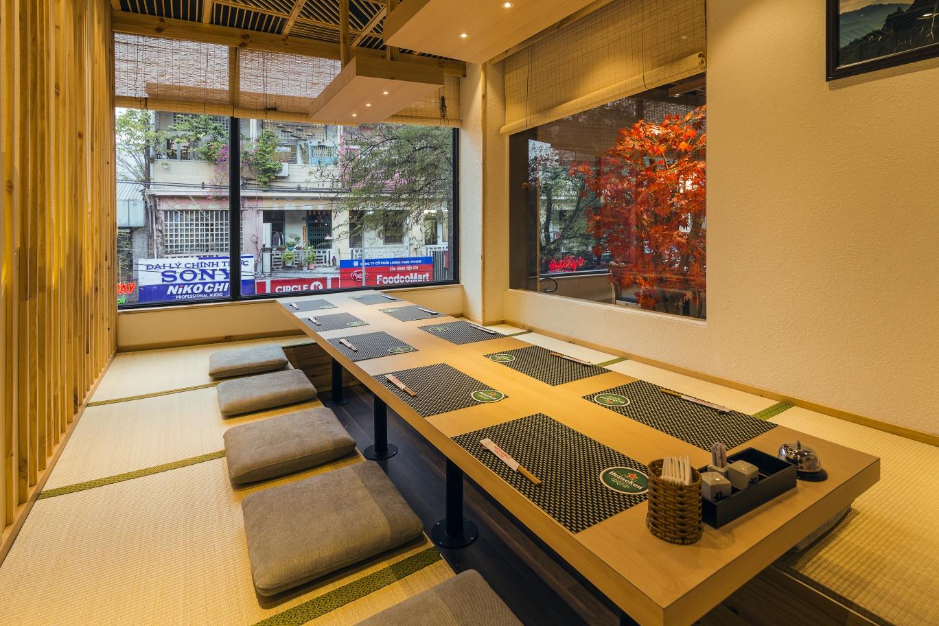 noi-that-nha-hang-sushiworld-12