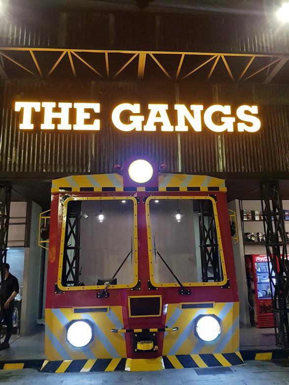 Chi tiet decor nha hang The Gangs