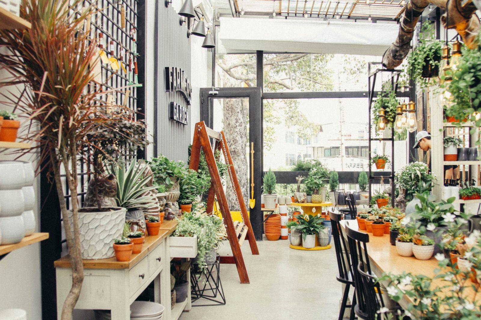 bày trí nội thất quán cafe farmer garden
