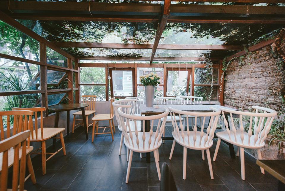 thiết kế quán cafe sân vườn đẹp, độc đáo
